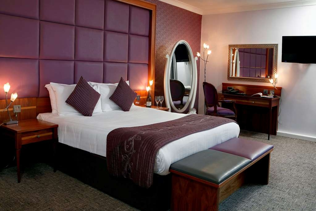 Best Western Plus Lancashire Manor Hotel - Guest Room