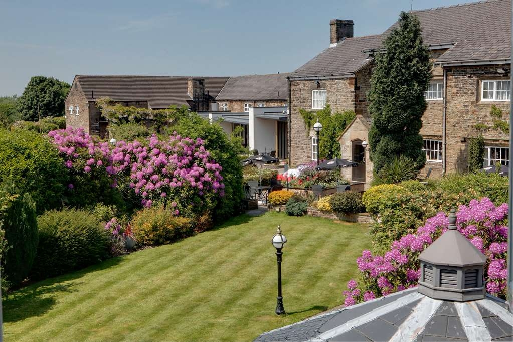 Best Western Plus Lancashire Manor Hotel - lancashire manor hotel grounds and hotel