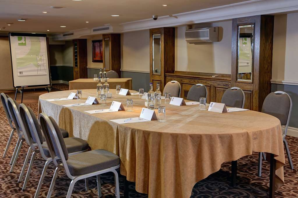 Best Western Plus Manchester Airport Wilmslow Pinewood Hotel - pinewood hotel meeting space