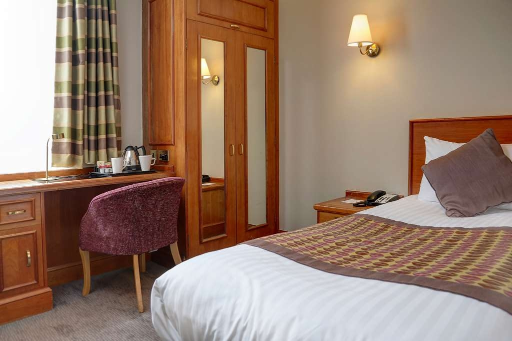 Best Western Plus Manchester Airport Wilmslow Pinewood Hotel - Camere / sistemazione