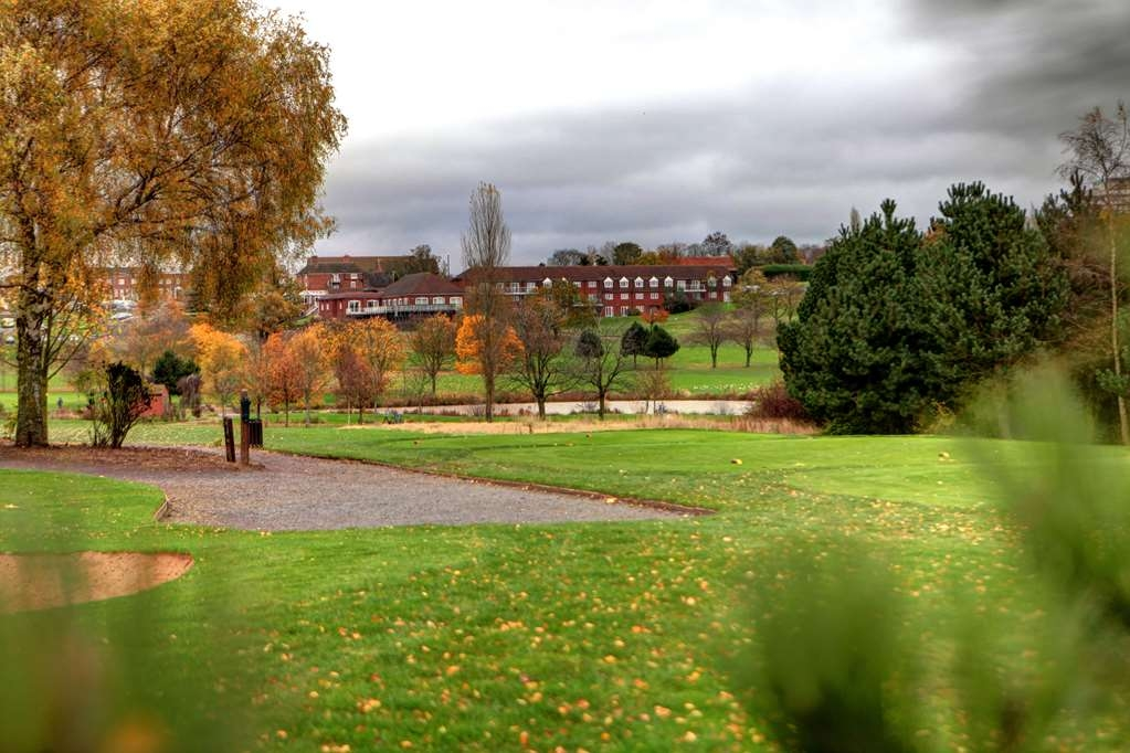 Best Western Plus Coventry Windmill Village Hotel Golf & Spa - Vista Exterior