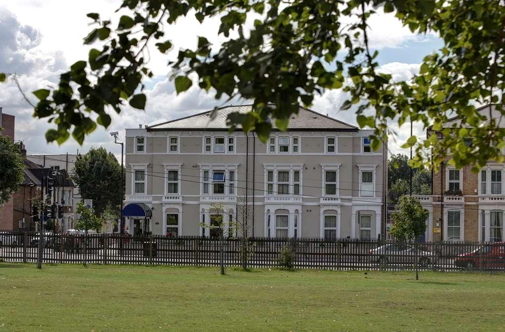 Best Western London Highbury - Facciata dell'albergo