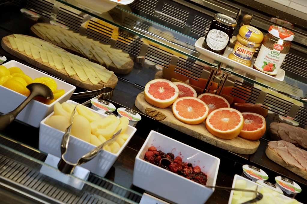 Best Western Plus Birmingham NEC Meriden Manor Hotel - Restaurant / Gastronomie