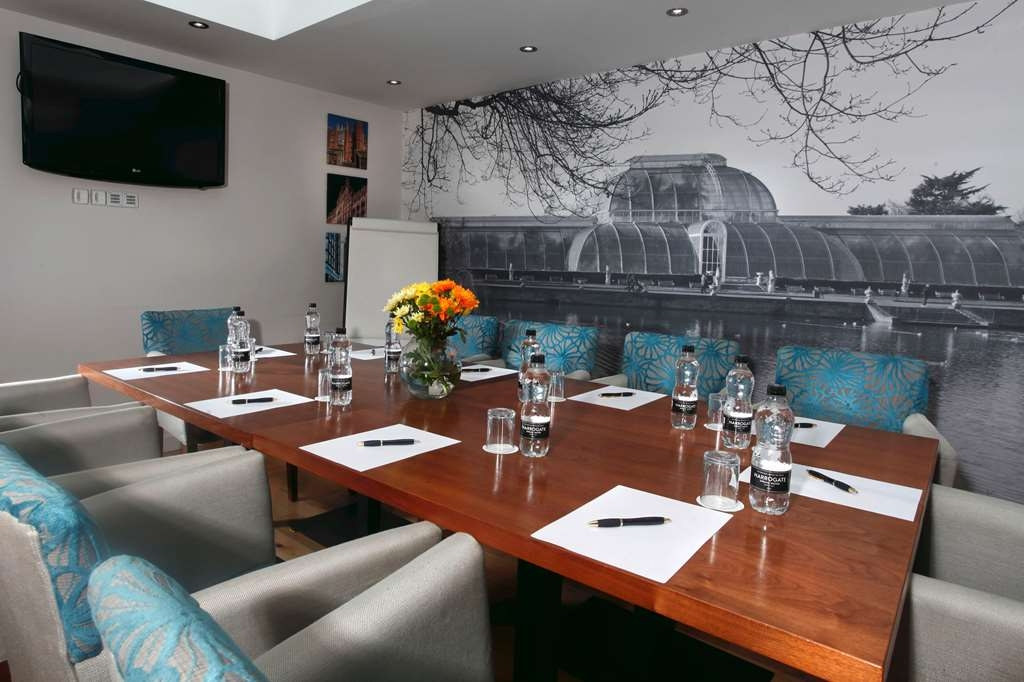 Seraphine Hammersmith Hotel, Sure Hotel Collection - Meeting Room