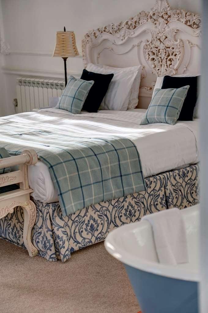 Best Western Plus Aston Hall Hotel - aston hall hotel bedrooms OP