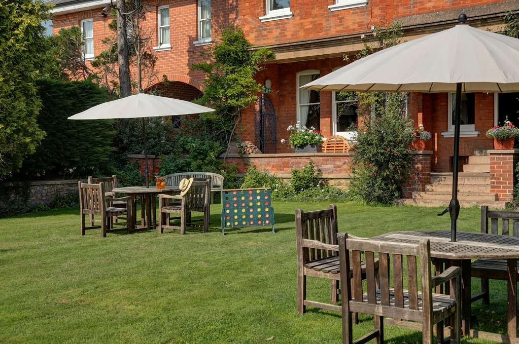 Best Western Sysonby Knoll Hotel - sysonby knoll hotel grounds and hotel