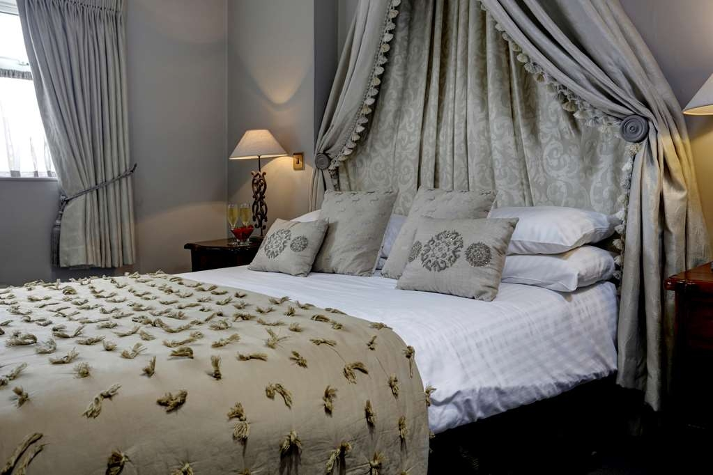 Best Western Pennine Manor Hotel - Guest Room