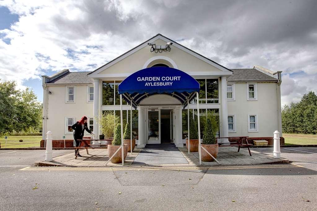 Best Western Garden Court Aylesbury - Facciata dell'albergo