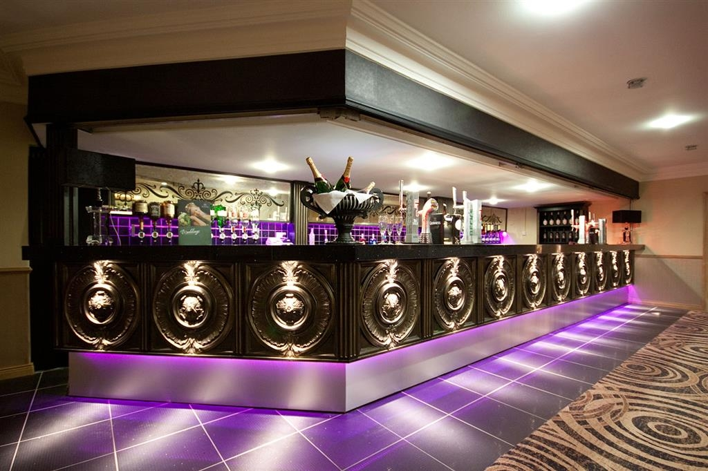 Best Western Plus White Horse Hotel - Bar/Lounge