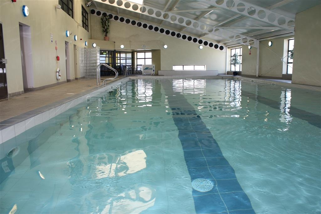 Best Western Plus White Horse Hotel - 20 Meter Swimming Pool