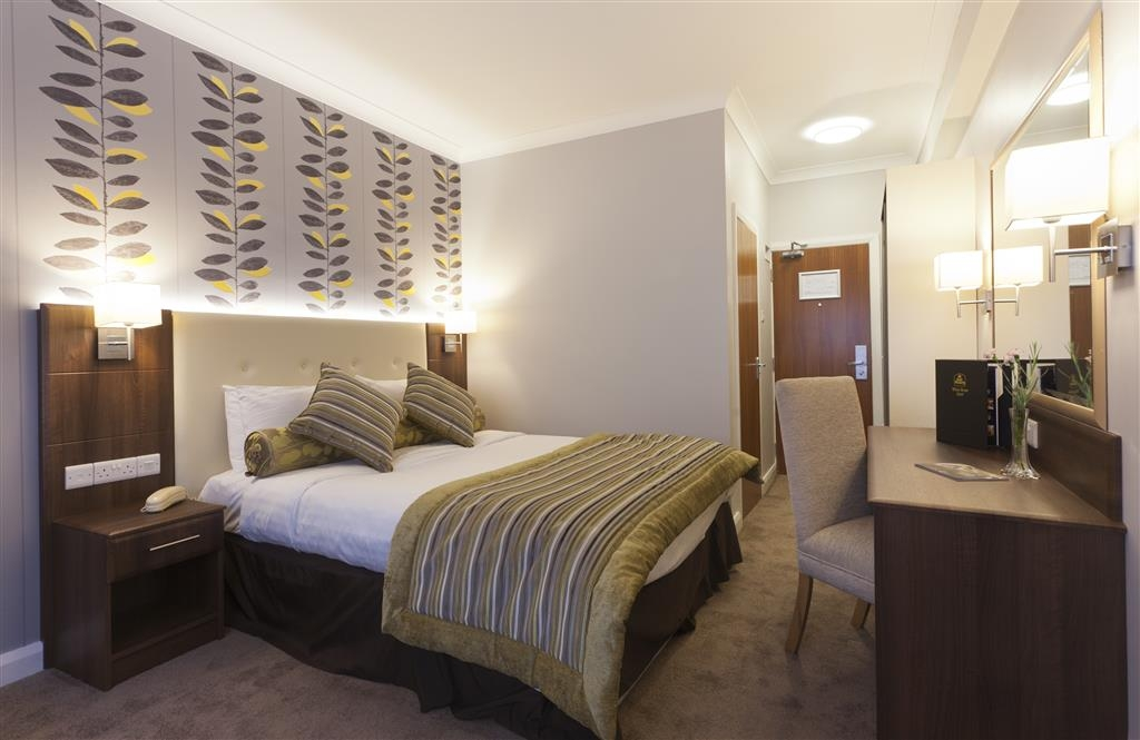 Best Western Plus White Horse Hotel - Deluxe Double Bed Guest Room