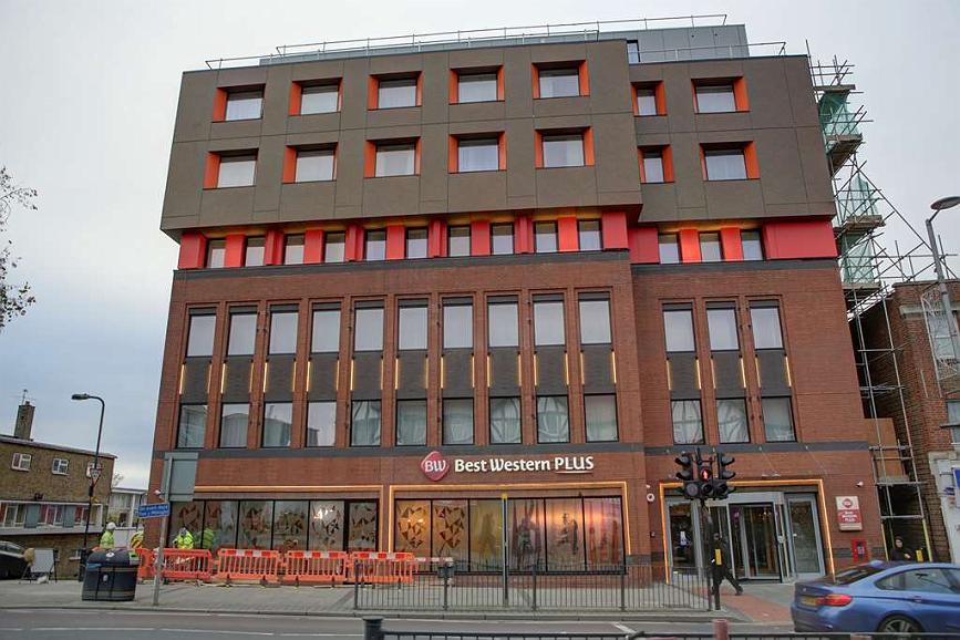 Best Western Plus London Wembley Hotel - Aussenansicht