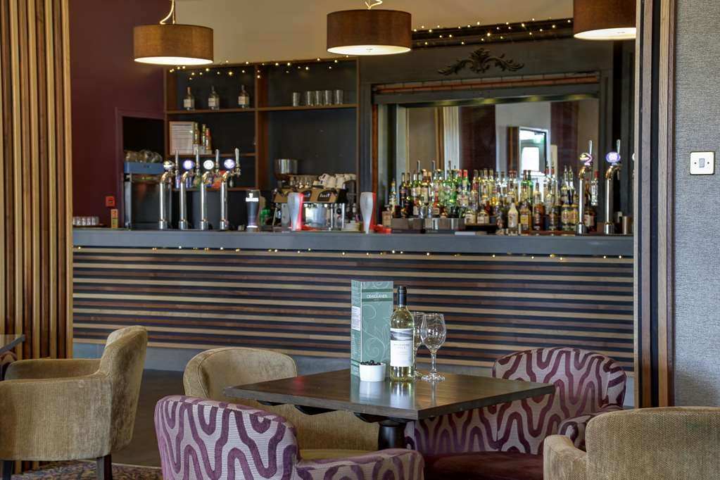 Best Western Plus Craiglands Hotel - Hotel Bar/Lounge