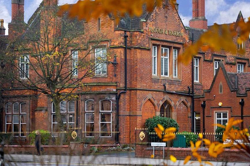 Best Western Plough & Harrow Hotel - Vue extérieure