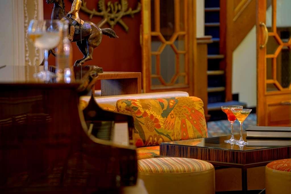 Best Western Plough & Harrow Hotel - Restaurant / Gastronomie