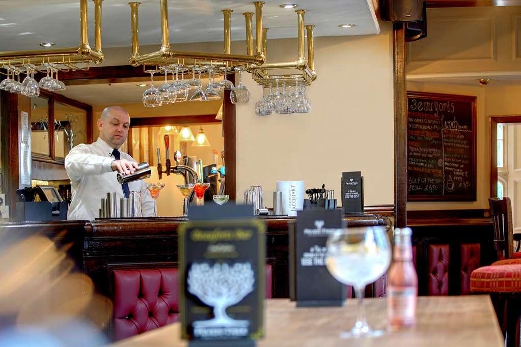 Best Western Plough & Harrow Hotel - Lounge