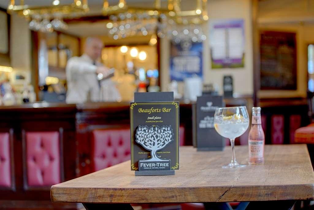 Best Western Plough & Harrow Hotel - Bar/Lounge