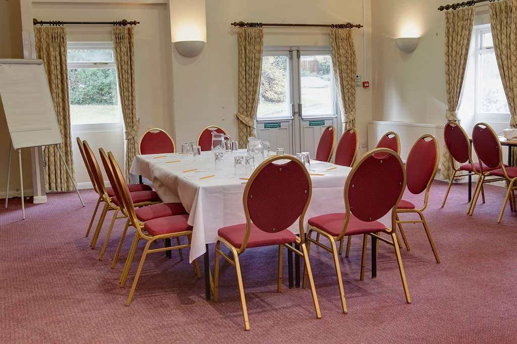 Best Western Cedars Hotel - cedars hotel and restaurant meeting space
