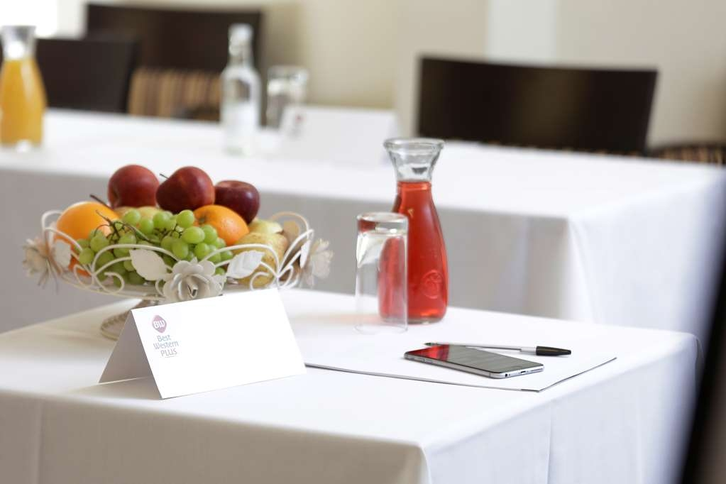 Best Western Plus Cheltenham Regency - Meeting Room