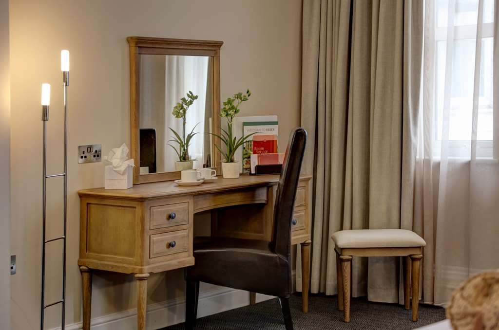 Best Western Thurrock Hotel - Executive Guest Room Amenities