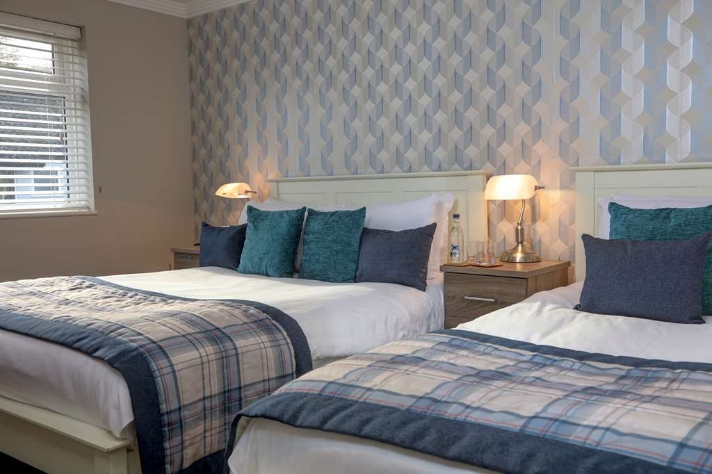 The Judds Folly Hotel, Sure Hotel Collection by Best Western - Family Guest Room with One Double Size Bed and One Twin Size Bed