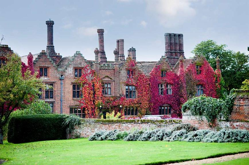 Seckford Hall Hotel & Spa, BW Premier Collection - Vista exterior