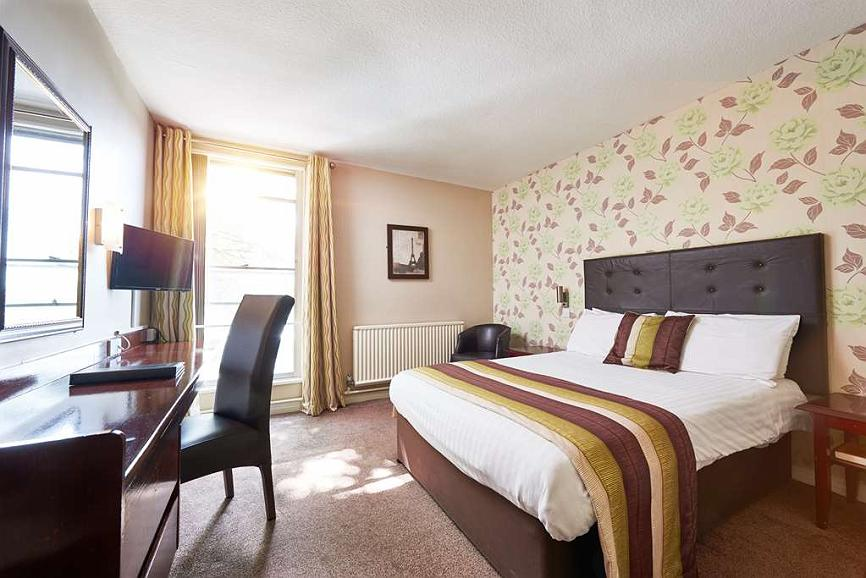 St James Hotel, Sure Hotel Collection by Best Western - Standard Guest Room with One Double Size Bed
