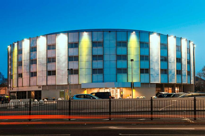 Best Western London Heathrow Ariel Hotel - Vue extérieure