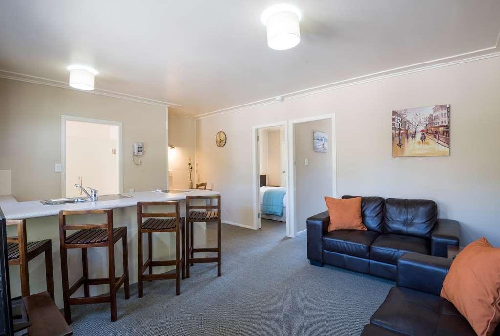 Best Western Braeside Rotorua - Two Bedroom Apart - Living Area