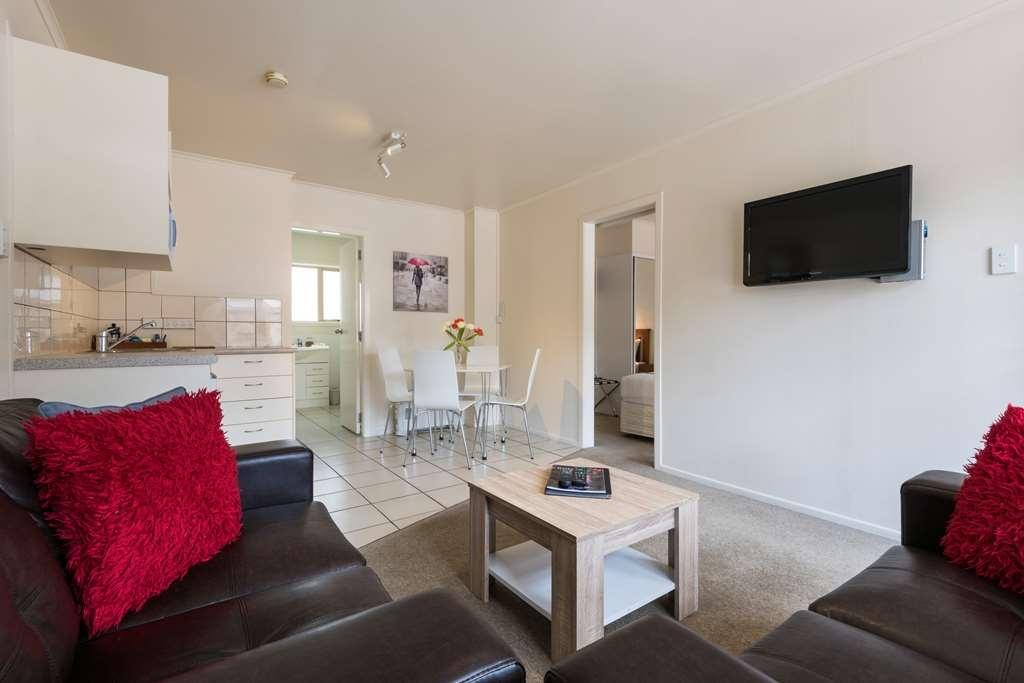 Best Western Braeside Rotorua - 1 Bedroom unit 2 queen beds in bedroom