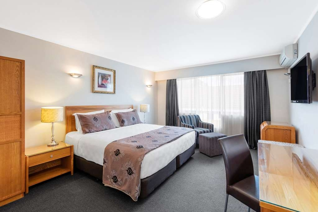 Best Western Newmarket Inn & Suites - Executive Double Room