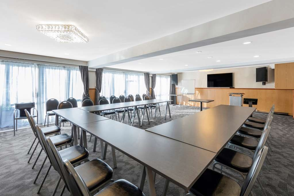 Best Western Newmarket Inn & Suites - Conference/Meeting Room