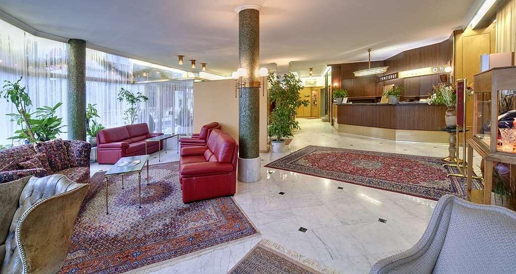 Grand Hotel Cravat - Lobbyansicht