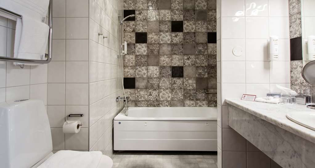 Best Western Plus Vasterviks Stadshotell - Best Business Bathroom, Best Western Plus Västerviks Stadshotell