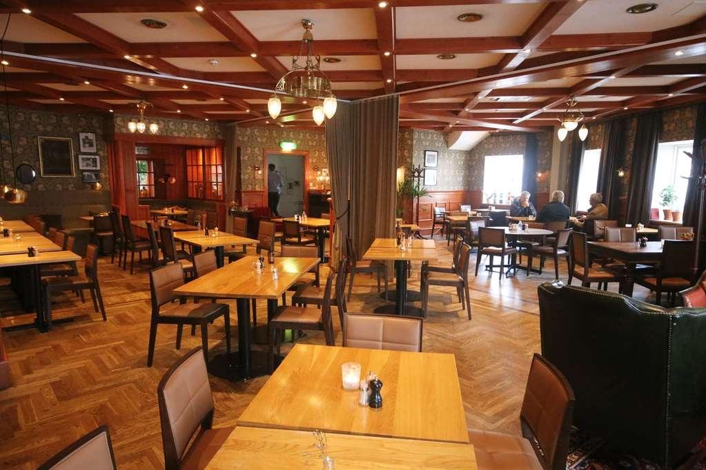 Best Western Strand Hotel - Breakfast in restaurant