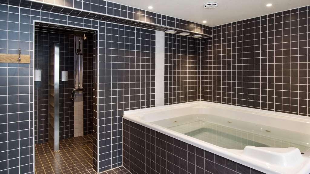 Best Western Plus Grand Hotel Elektra - Vue de la piscine