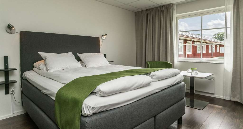 Best Western Hotel Vrigstad - Guest Room with One Twin Size Bed