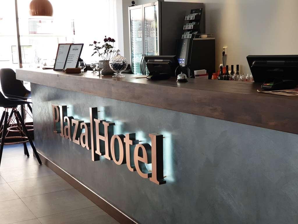 Best Western Plaza Hotel - Vista del vestíbulo