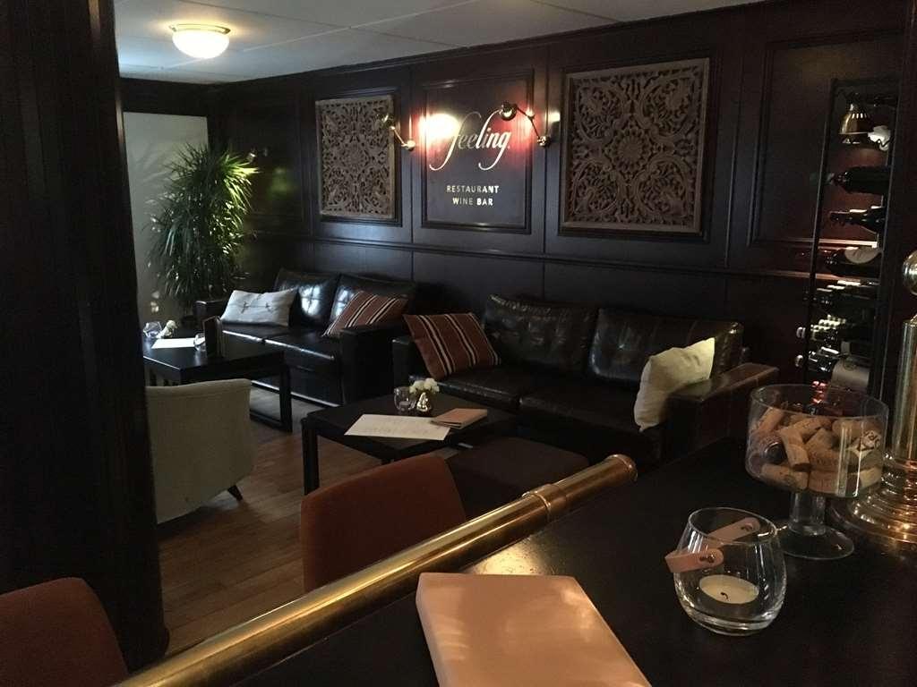 Best Western Plus Edward Hotel - Bar