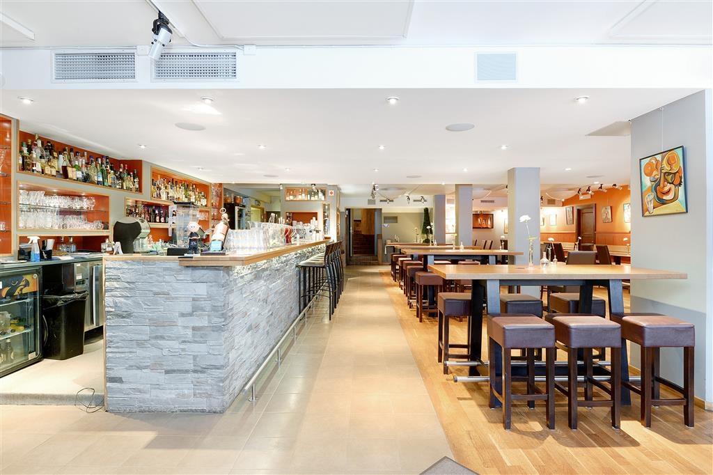 Best Western Princess Hotel - Bar de la réception
