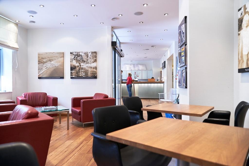Best Western Hotel Duxiana - Breakfast Area/Lobby