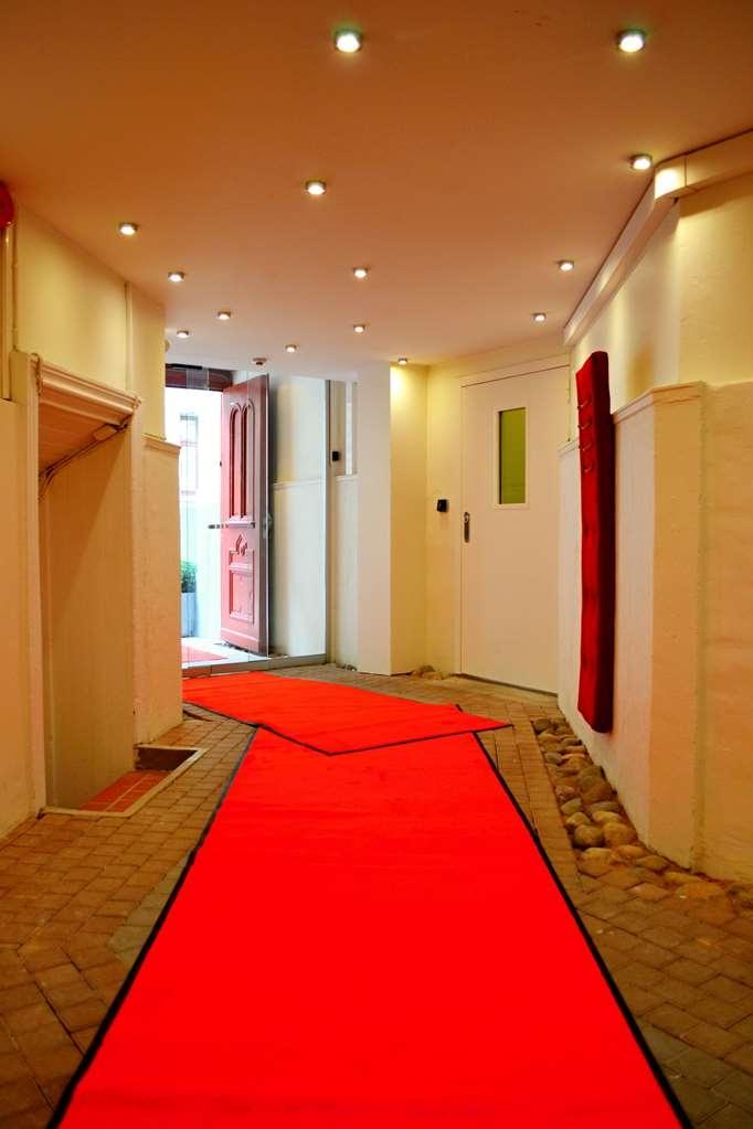 Best Western Hotel Duxiana - Entrance