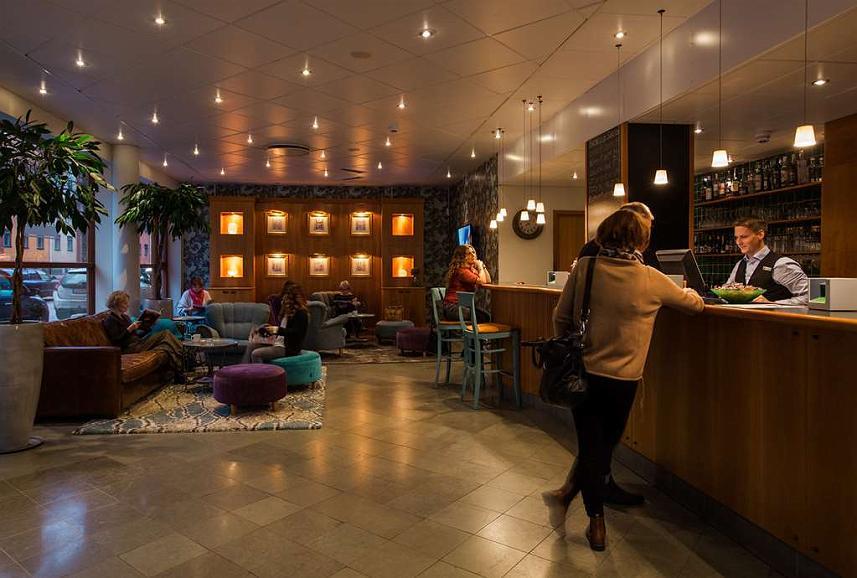 Best Western Hotel Esplanade - Vista del vestíbulo