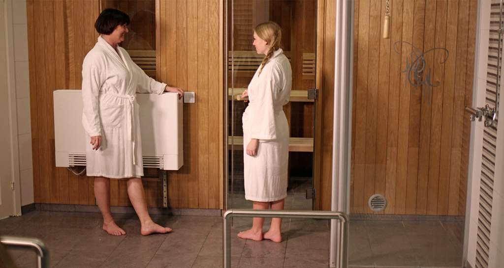 Best Western Gustaf Froding Hotel & Konferens - Finnish Sauna, Steam Sauna, Ice bucket and jacuzzi. Outdoor pool during summer.