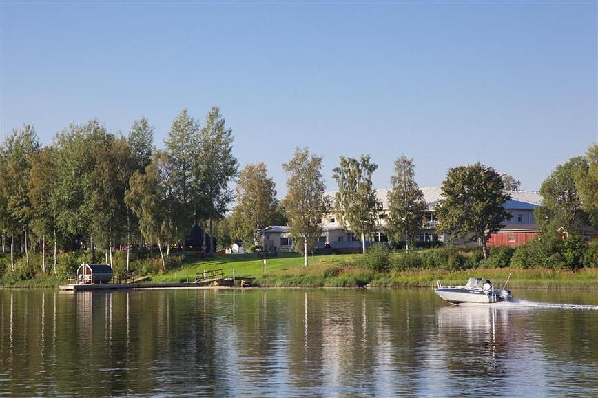 Best Western Hotel Botnia - View of the Best Western Hotel Botnia from the Ume River.