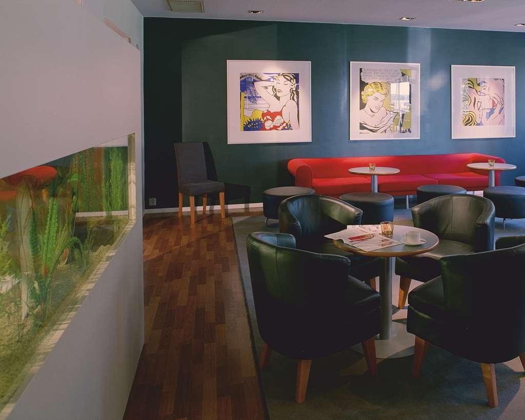 Best Western Hotel Norra Vattern - Bar/Salón
