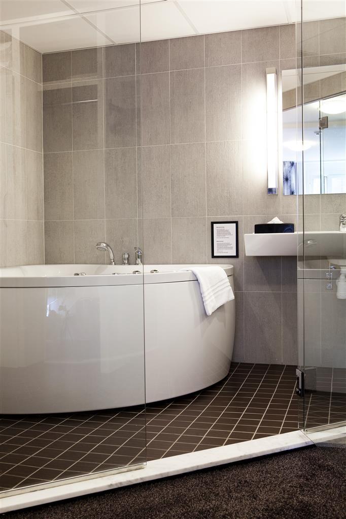 Best Western Kom Hotel Stockholm - Double Room Plus Jacuzzi