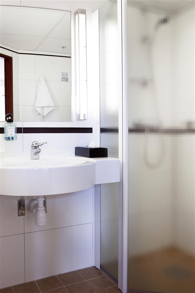 Best Western Kom Hotel Stockholm - Bathroom