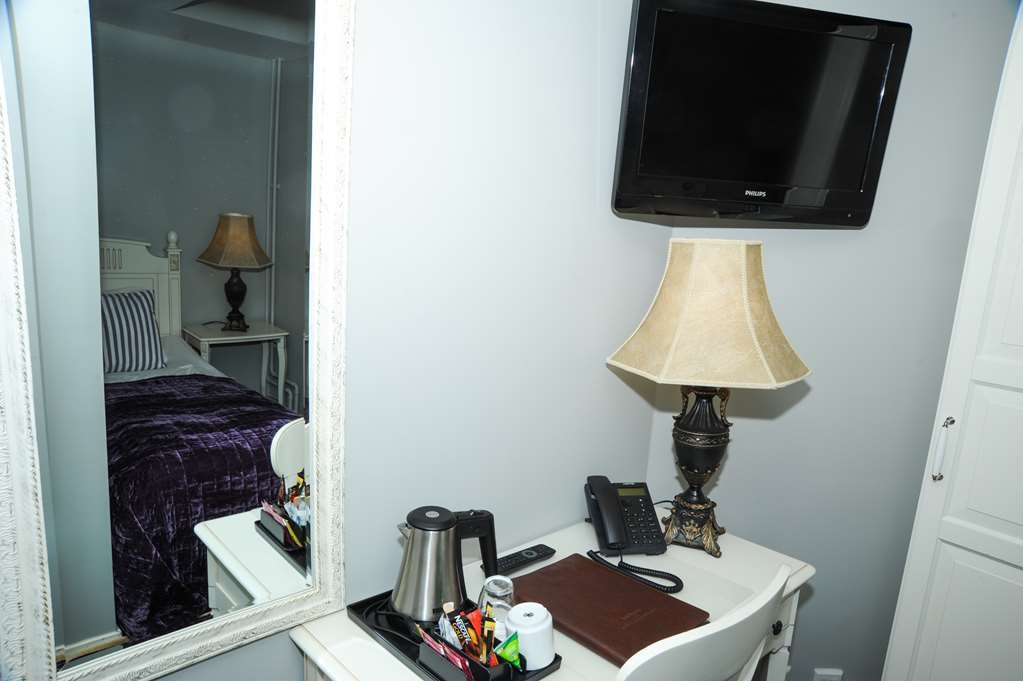 Best Western Hotel Bentleys - Guest Room