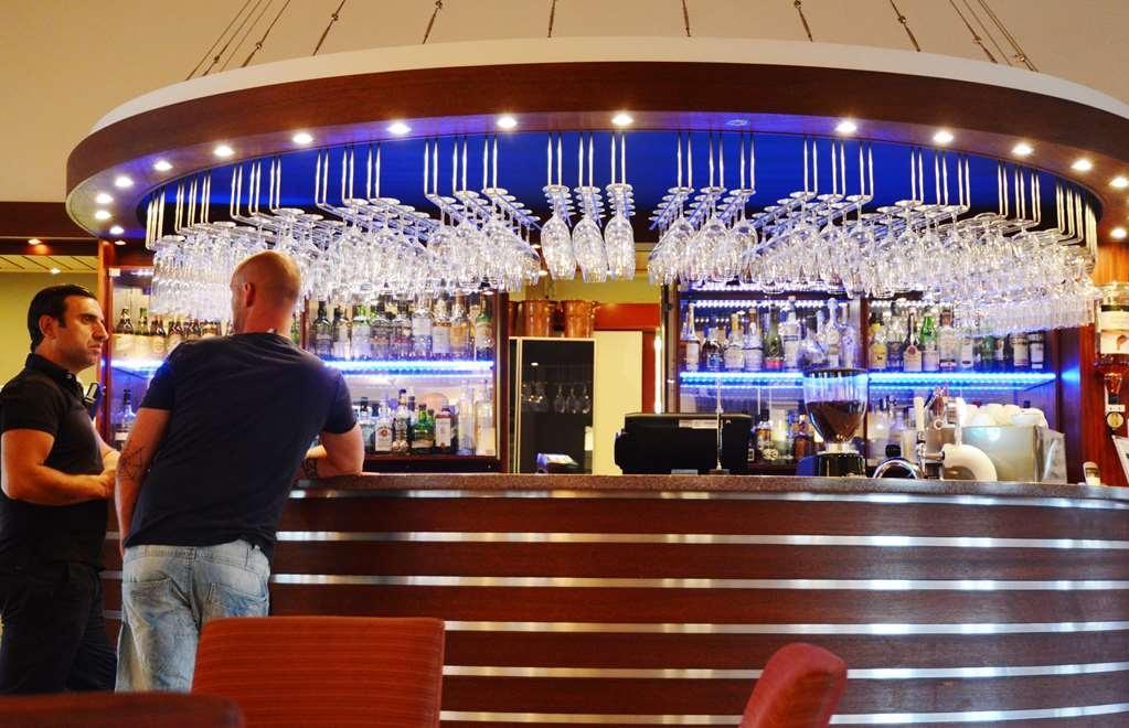 Best Western Arlanda Hotellby - Bar